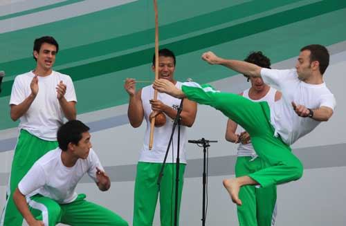Guerreiro from Capoeira Mandinga Shanghai performing at Shanghai Expo 2010!